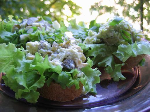 обед запеченная баклажановая закуска бутерброды с кабачками от Енотика и шашлыки из телятины а мари... - 2