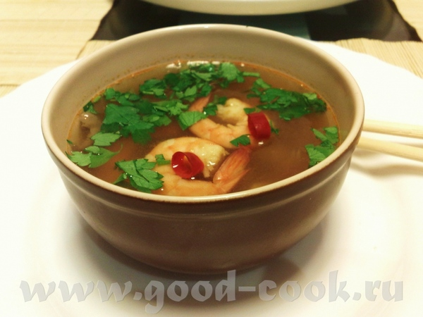 Tom Yum Kung, острый суп с креветками