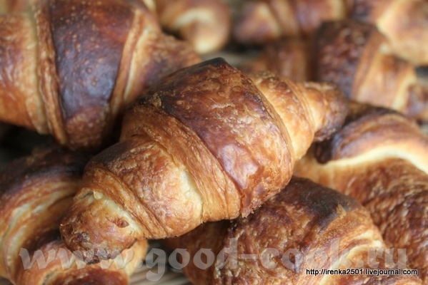 Croissant - Круассаны (с использованием жидкой закваски) 500 гр муки №45 500 гр хлебной муки 130 гр...