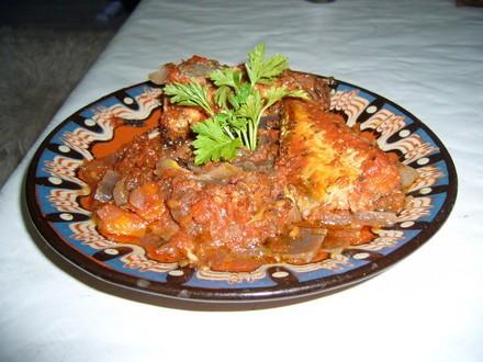 так енто ж не болгарская кухня,вот ты и не нашла,они у Викуши в арабской стоят - 3