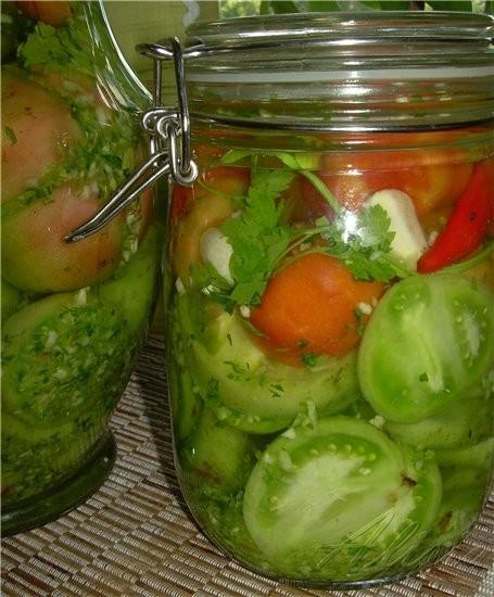 Еще один вкусный рецепт из прошлых моих тем, это Зеленые фаршированные томаты - 2