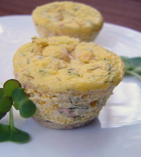 Эти миничизкейки можно подать как закуску перед обедом или приготовить...