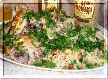 Хочу поделиться рецептом вкусной курицы с миндалем и изюмом