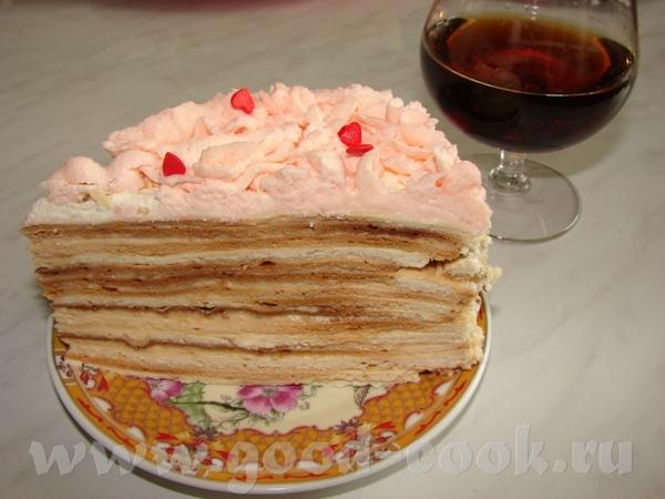 Разрез Наполеона Коржи у меня темноваты, ну это особенность духовки Вердикт мой такой - вкусно, но...