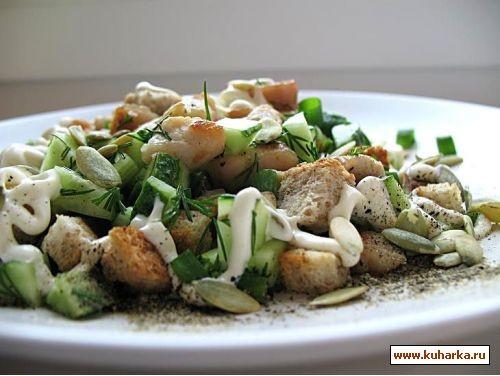 салат с курицей,сухариками и огурцами половина грудки куриной,3 огурца,3 ломтика хлеба,указанного в...