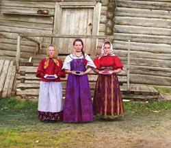 ОБЯЗАТЕЛЬНО сходите по этой ссылке: Цветные фотографии России конца 19 - начала 20 века - 2