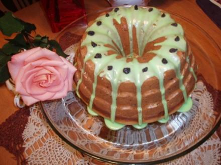 А еще к нам ребята пришли,КВН смотреть,так испекла пирог от Инессы с Еврейской темы - 3