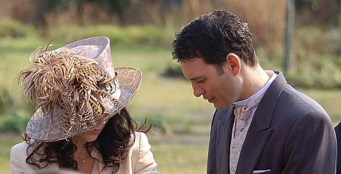 И очень мне одна мадам в шляпе понравилась