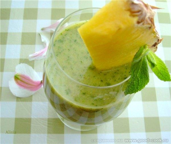 И еще один рецепт из капусты Кале, это освежающий смузи - 2