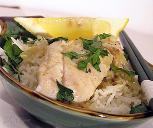 Рыба тушится в нежном кокосовом молоке ароматизированном имбирем, зирой и другими специями