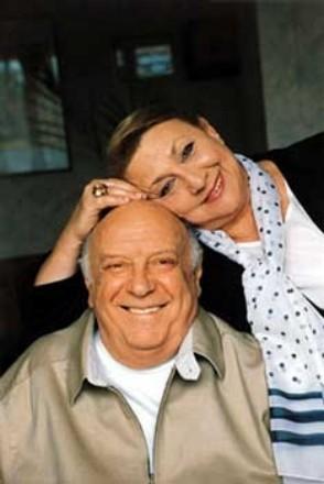 О личной жизни актрисы: Еще в 1955 году, во время учебы в институте, Софико вышла замуж за студента...