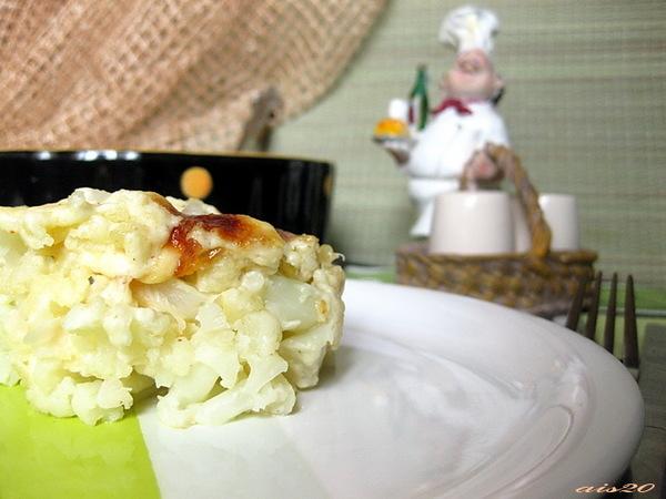 Гратен из цветной капусты с пшенично-рисовыми хлопьями