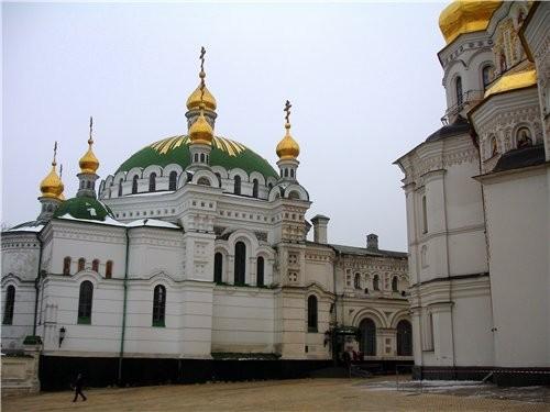 На прошлой неделе мы с мужем ездили в Киев и посетили там КИЕВО - ПЕЧЕРСКУЮ ЛАВРУ - 7