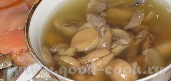 Маринованые грибы Оливье Вымя Курица тушеная в кокосовом молоке
