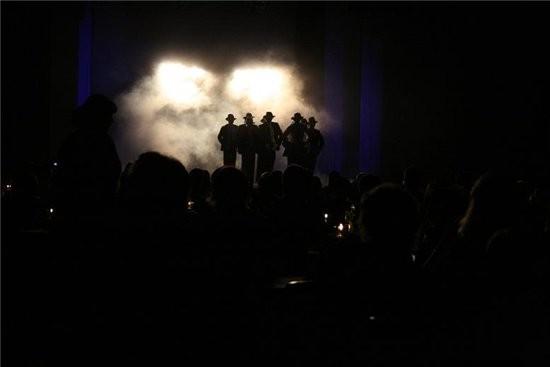 """очень порадовали вечерние шоу-все на серьезном уровне - декорации, свет, музыка, танцы и игра """"акте... - 5"""