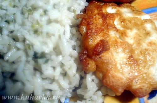 Как все по-домашнему Какие краски Сделала сегодня очень ароматный зеленый рис от Сталика Подавала с...