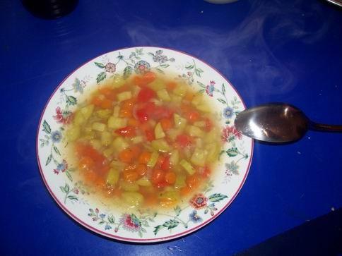 овощной супчик на 1 литровую кастрюльку 1 средняя картошка 1 средняя морковка 1 маленький красный с...