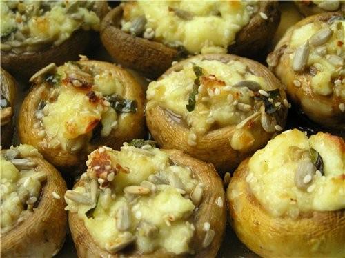 Закуска из кабачков с белыми грибами и помидорами Закуска из шампиньонов с брынзой, кунжутом и семе... - 2