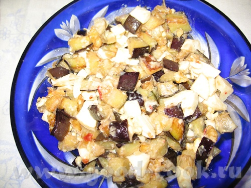Наш сегодняшний пятничный ужин: Помидорки от енотика Еще сегодня пришел в голову вот такой салат, р... - 2