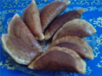 слепили аккуратно Гатаеф поднос самазали маслом сливочным уложить готовые гатаеф на поднос исверху... - 3