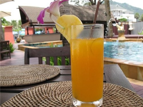 такие напитки мы пили на пляже,ну и конечно же арзузный шейк - 3