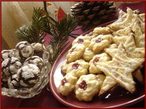 """Зато сладкого было много: Печенье """"трюфель""""спасибо Аин, Фруктовое пирожные,спасибо Аин,на прошлый Н"""