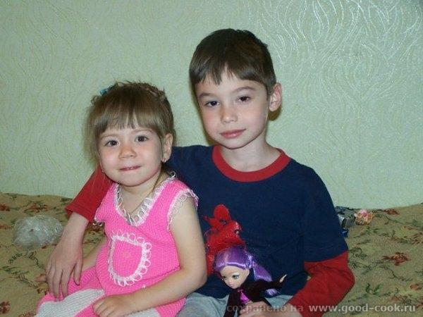 А это я принесла немного Челябинска Детки-конфетки на вокзале Челябинская белочка) Моя светская львица Сестра о... - 6