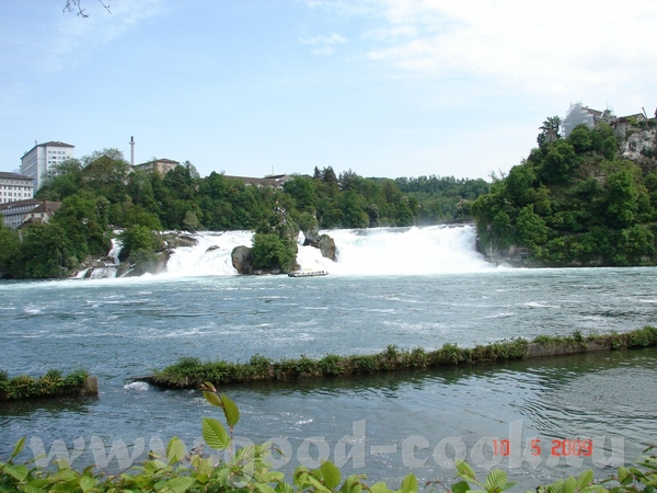 вот тот водопад с которым я в гульчитайках, правда водопад громко сказано ну скажем так водопадик о...